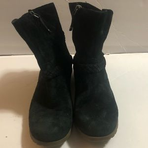 Teva suede all black ankle boots